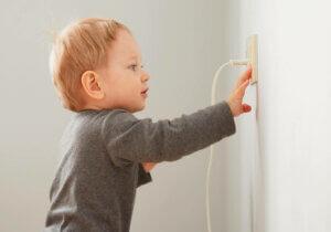 Ti enkle tiltak for å bedre el-sikkerheten hjemme