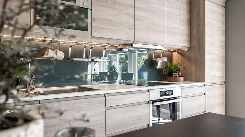 Riktig belysning er avgjørende for et nytt kjøkken.