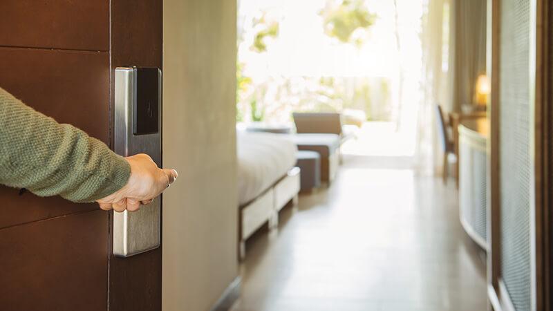 Få hotellfølelsen hjemme med elektronisk dørlås