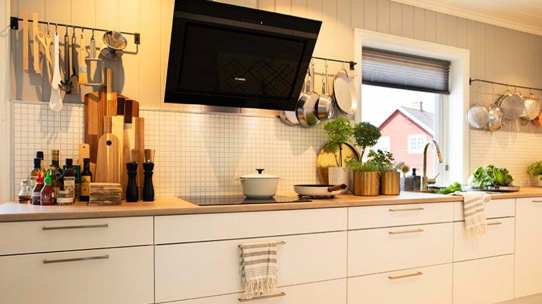 Moderne kjøkken etter besøk av Sinnasnekker'n