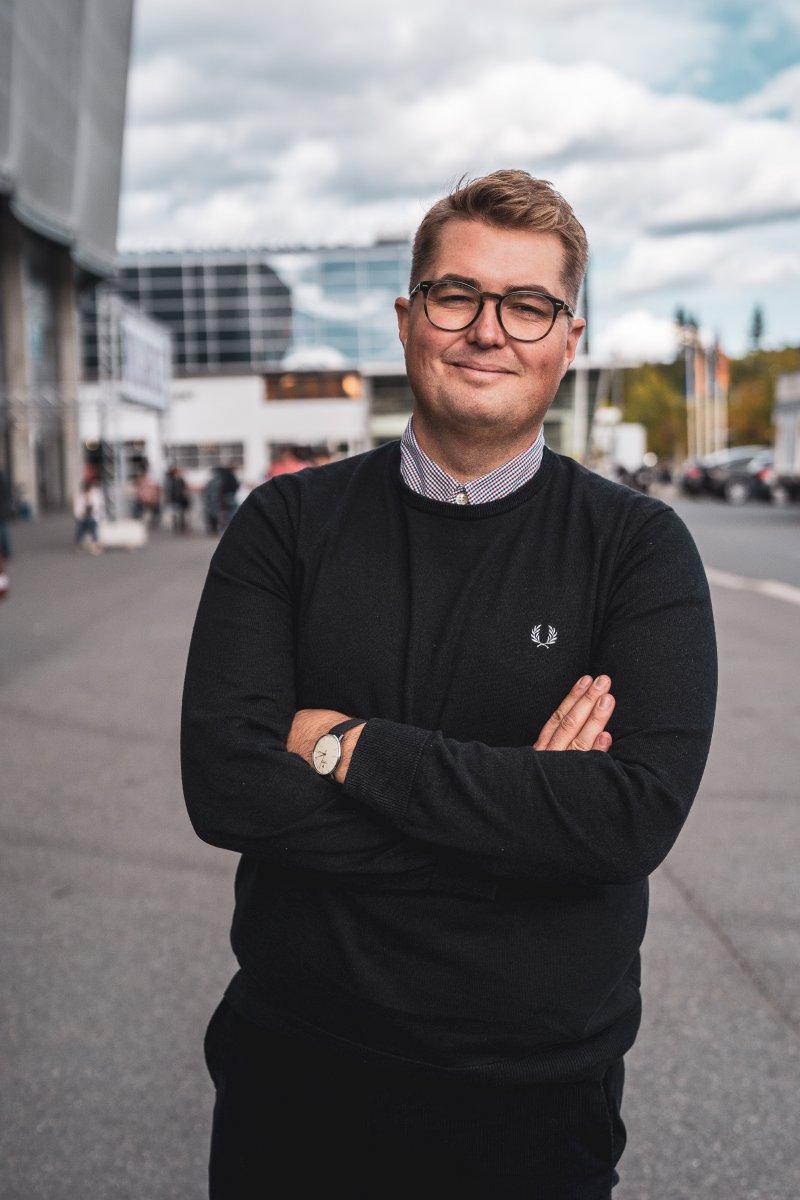 Eirik Vigeland i heltotal