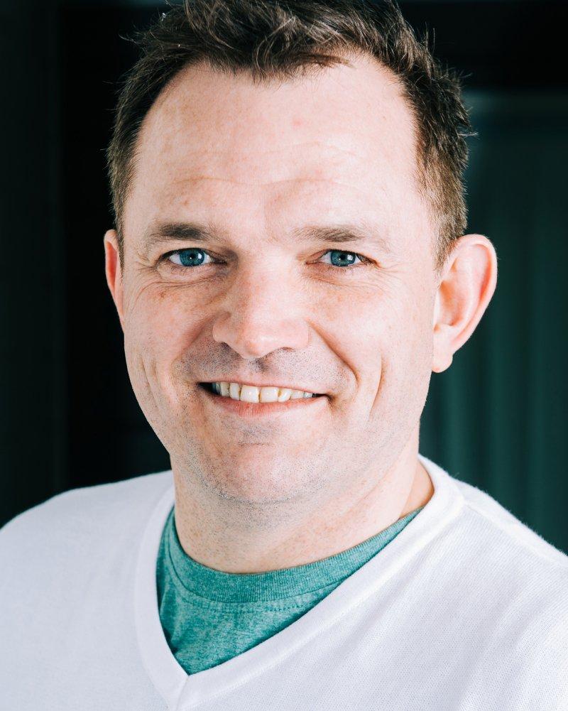 profilbilde av Elfager Bernt Christian Mikkelsen som smiler