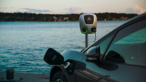 charge amps foran sjøen ved bil
