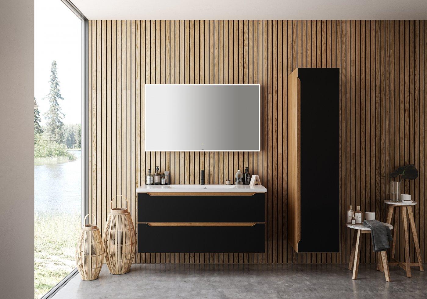 baderom i eik svartmalt med firkantet speil og servantmøbel